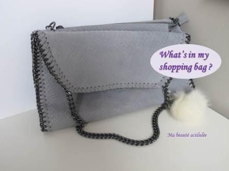 Teasing shopping bag